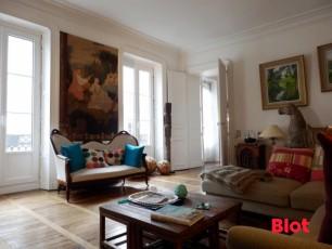 Appartement à vendre quartier des Halles Centrales - T6 de 139.72m²