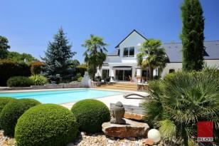 A vendre 15 minutes de Nantes maison 210m² Vigneux de Bretagne 4 chambres + bureau et piscine